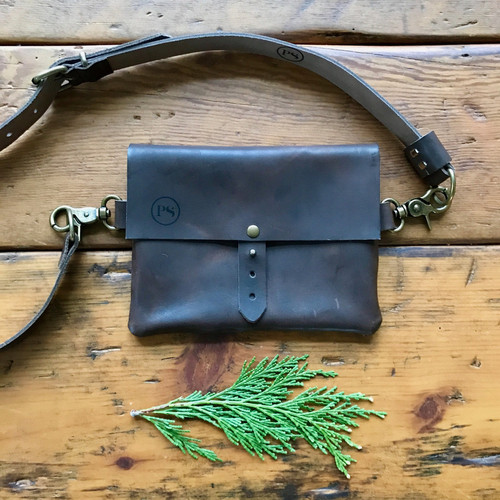 Tundra Pretty Simple Italian Leather Waist Festival Bag